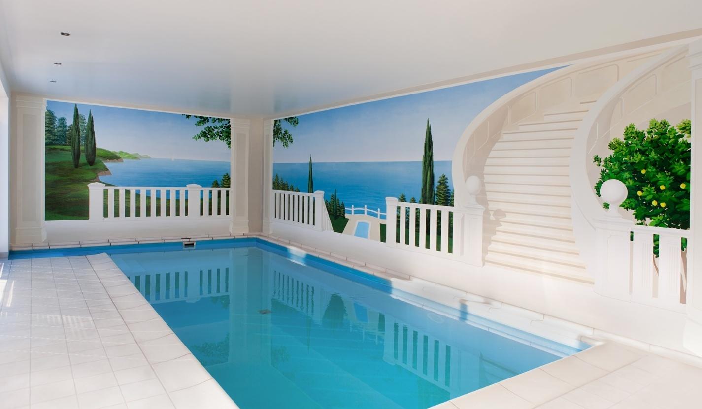 Mediteranes Schwimmbad